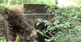 പ്രളയത്തിൽ ബലക്ഷയമുണ്ടായ തോക്കുപാറ പാലം; അറ്റകുറ്റപ്പണി വൈകുന്നു