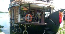 കായല്ടൂറിസം ചലിച്ചുതുടങ്ങി; ഹൗസ്ബോട്ട് മേഖല പ്രതീക്ഷയിൽ