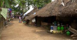 പുറമ്പോക്ക് ഭൂമിയിലെ കുടുംബങ്ങള് കുടിയിറക്കല് ഭീഷണിയിൽ