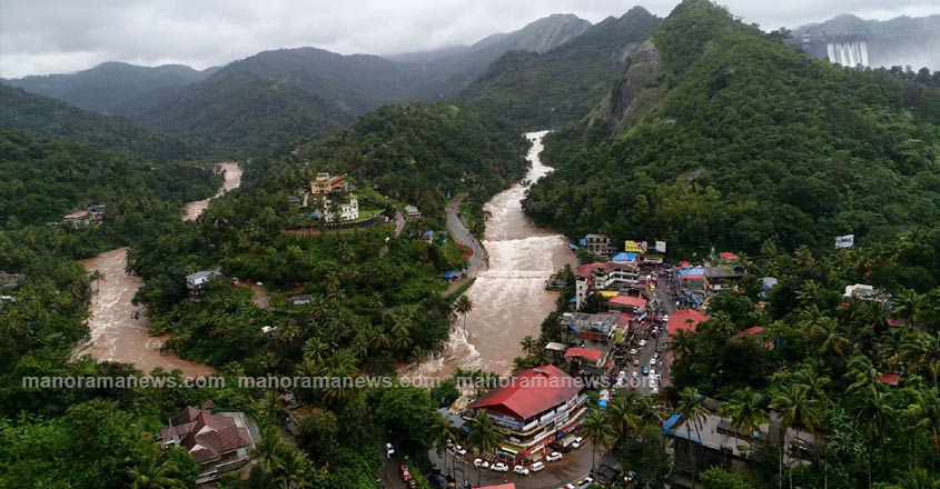 cheruthoni-town-flood