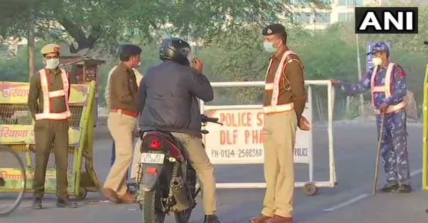 delhi-police-checking