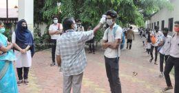സ്വയം തീർത്ത ജാഗ്രതയിൽ വിഎച്ച്എസ്ഇ പരീക്ഷയെഴുതി വിദ്യാർഥികൾ
