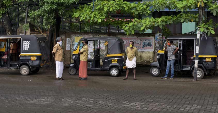 Auto-rickshaw-drivers-weari