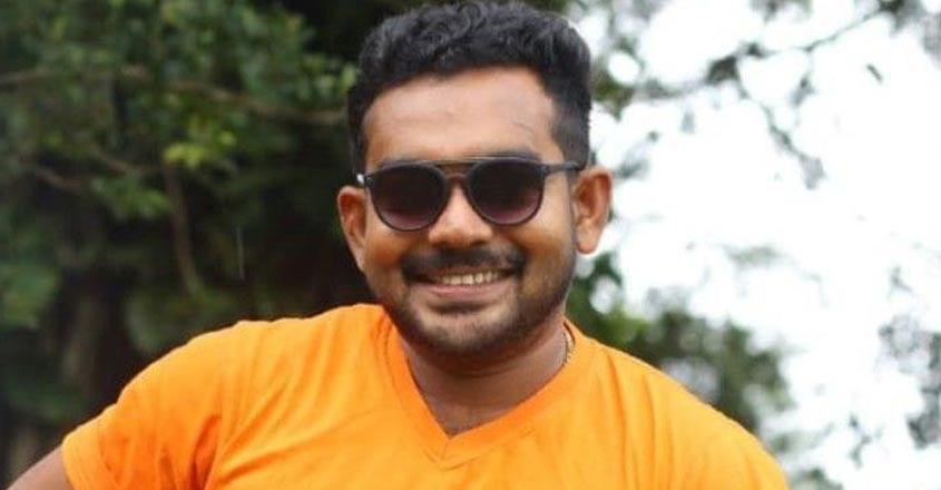 adarsh-mundakayam
