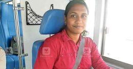 യുഎഇയില് ഹെവി ലൈസന്സ് നേടിയ ആദ്യ വനിത; കൊല്ലത്തുകാരി ദുബായില് ബസോടിക്കും