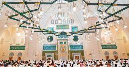 വിശ്വാസികൾക്കായി ഷാർജയിലെ ഏറ്റവും വലിയ മുസ്ലിം പള്ളി തുറന്നു കൊടുത്തു