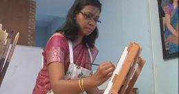 അധ്യാപികയിൽ നിന്ന് ചിത്രകാരിയിലേയ്ക്ക്: ശ്രദ്ധാകേന്ദ്രമായി ട്രീസ ടോണി
