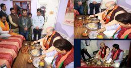 'ഒബിസിക്കാരന്റെ വീട്ടിൽ ഭക്ഷണം കഴിച്ച് അമിത് ഷാ'; ബിജെപി പ്രചാരണം ആയുധമാക്കി പ്രതിപക്ഷം