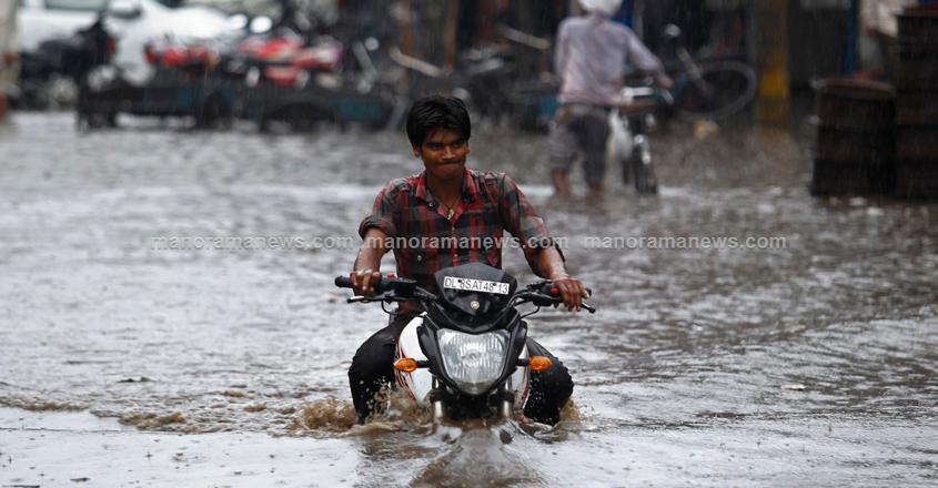 INDIA-MONSOON-RAINS/
