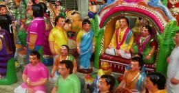 കോവിഡിൽ പതറി ബൊമ്മക്കൊലു വിൽപനയും; പൂജക്കാലത്തെ വഴിയോരക്കാഴ്ച