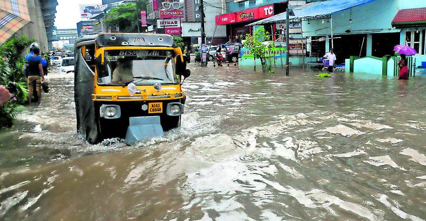 flood-at-edappally