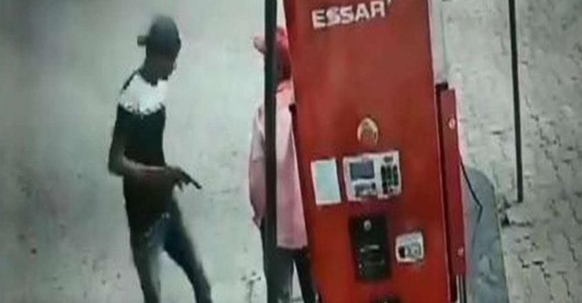 petrolpump-robbery-1