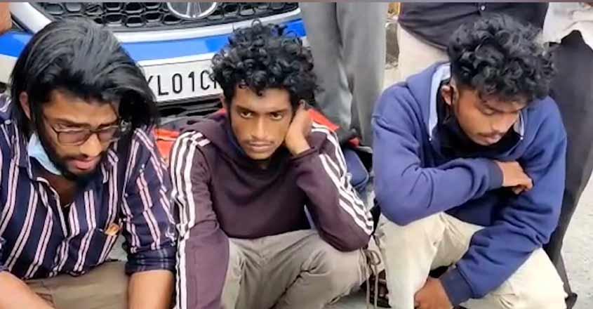 walayar-ganja-case-arrest