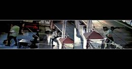 കൊച്ചിയില് അമ്പലത്തിലെ ഓട്ടുവിളക്കുമായി കള്ളന് റോഡില്; ഗൗനിക്കാതെ വഴിയാത്രക്കാർ