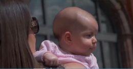 ക്രിക്കറ്റ് കാണാൻ 12 ആഴ്ച മാത്രം പ്രായമുള്ള ആരാധിക; താരമായി അമീലിയ