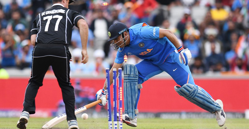 dhoni-out-11
