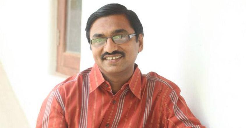 kalavoor-ravikumar-writer