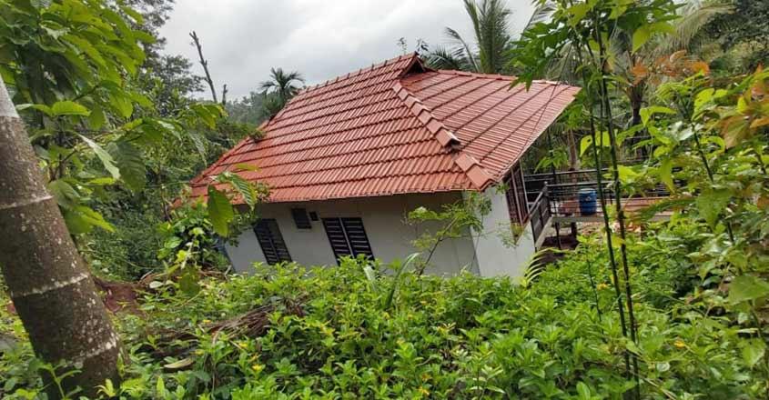 flood-resistant-stilt-home-view