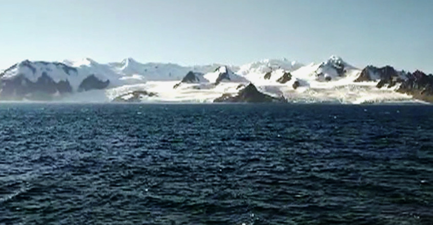 malayalees-tourists-in-antarctica