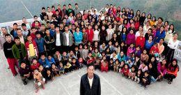 മരിച്ചെന്ന് ഡോക്ടർ; ഇല്ലെന്ന് 39 ഭാര്യമാരും 94 മക്കളും; മൃതദേഹം വീട്ടിൽ