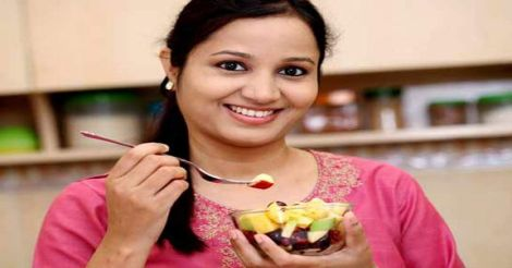 eating-fruits.jpg.image