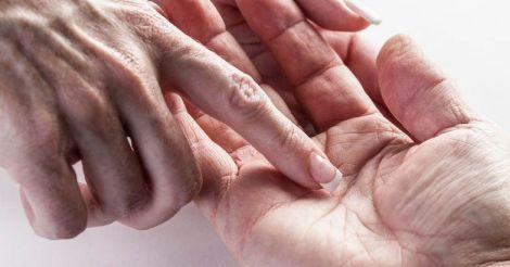 hand.jpg.image.784.410