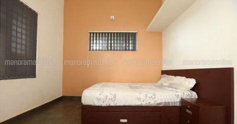 10-lakh-house-manjeri-bed.jpg.image.784.410