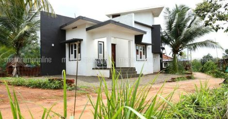 10-lakh-house-manjeri-plot.jpg.image.784.410