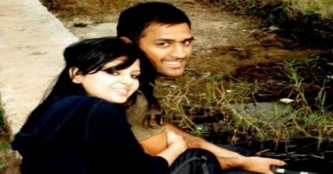 dhoni-and-sakshi